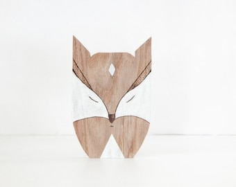 Wooden fox. Fox wall hanging. Fox decor. White fox. Fox wall decor. Woodland animal. Wood burning fox. Wooden animal. Oak wood fox.