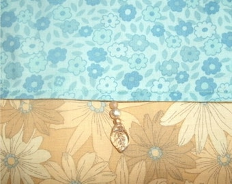 DAISIES Fabric BAG Glass Beads Small Purse Tarot Cards Cell Phone Glasses cloth hipster handbag OOAK Blue floral Golden Yellow Flowers Print
