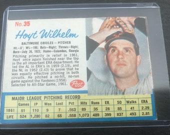 1962 Post Hoyt Wilhelm Trading Card #35
