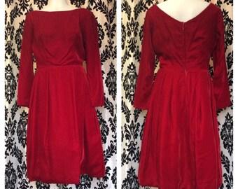 LOVELY 1960s red velvet party dress