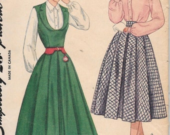 Vintage 1940s Simplicity Sewing Pattern 3313- Teen Age Jumper, Skirt and Blouse size 12 bust 30