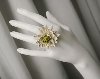 Ivory/green leather Chrysanthemum flower ring