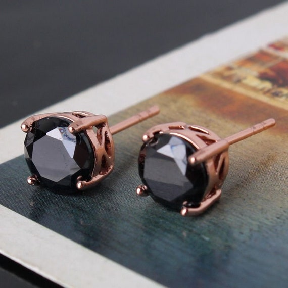 Lovely 18 ct rosegold filled black sapphire crystal stud earrings