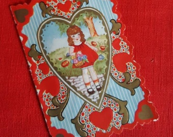 Lovely Vintage Valentine with Differant Art  Front and Back