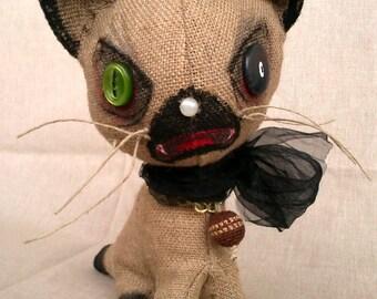 Scary Handmade 04. Creepy-mese