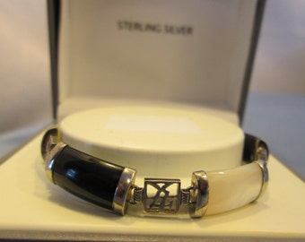 GORGEOUS 1950's - 1960's Art Deco Fortune Genuine Onyx & Mother-of-Pearl Sterling Silver Bracelet 7.5 inches Wt. 11.6 G