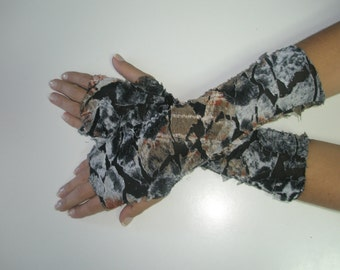 Roc brown and blue fingerless gloves