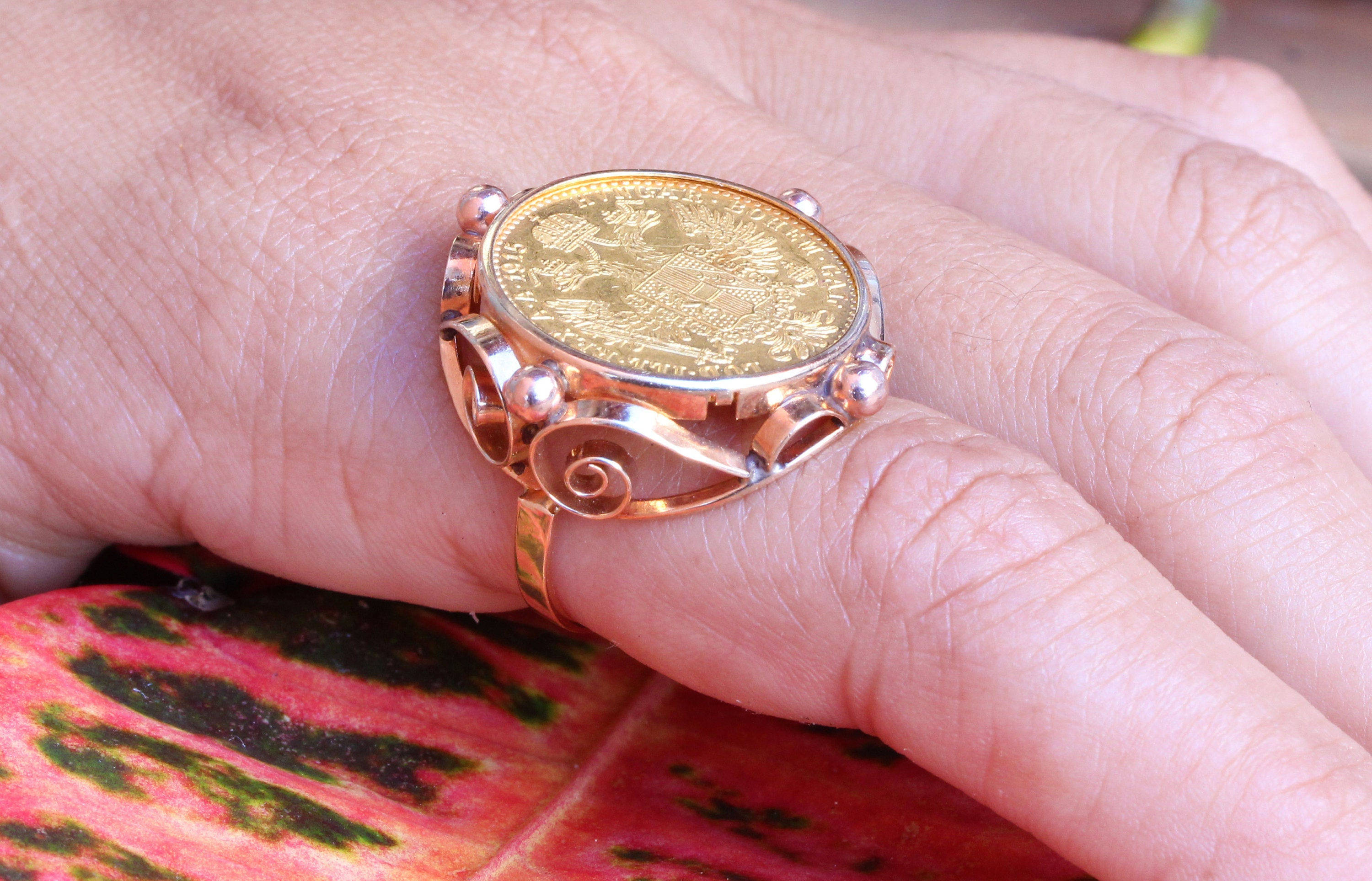 VINTAGE 1915 Gold Austrian One Ducat Coin Ring