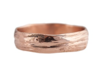Wide Twig Band in 14kt gold