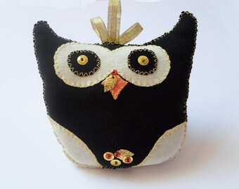 Owl Cushion Stuffed Toy Animal, Owl Pillow, Cute Black Owl, Kids Pillow, Nursery Room decor, Sweet gift for teens, Decorative little pillow
