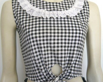 90s vintage gingham eyelet lace crop tie up top black white small