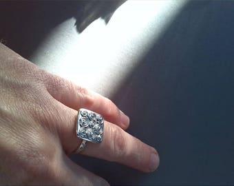 square silver screw ring