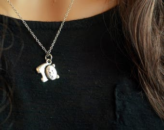 Silver plated cat charm Necklace, for women, dainty and fragile, silver plated chain and charm