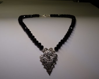 Necklace of silver with black crystal (diameter 7 mm) temporarily 20% discount!