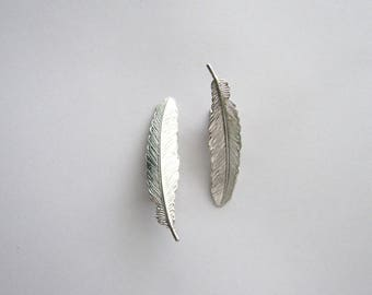 Silver Feather Bridal Hair Clip Set // Feather Barrette // Bridal Hair Accessories
