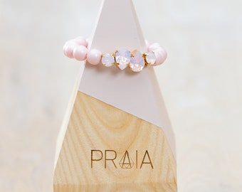 Pastel pink hadmade Swarovski pearl bracelet with swarovski crystals