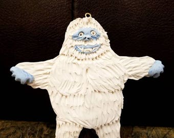 Abdominal snow monster ornament