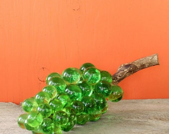 green lucite grapes . vintage table grapes grape cluster . vintage home decor, dining room decor, mid century kitchen decor