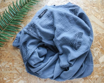 Swaddle blanket, baby blanket, Muslin cloth, Burp cloth, leaves, blue