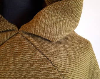 Handwoven medieval hood, hand-woven Viking hood in pure olive-green wool, Skjoldehamn hood