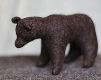 Bear //Waldorf toy //Stuffed animal //Woodland animal //Stuffed bear //Waldorf bear