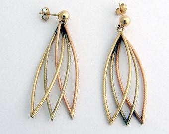 SaLe! sALe! 14k Gold Stud Long Earrings