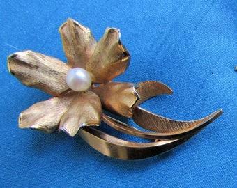 Delicate Flower Brooch from 1980's