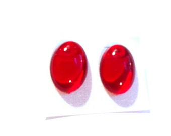 VINTAGE Earring Lucite Earrings Red Oval Earrings Transparent Stud Earrings 1.25 inch Red Earrings