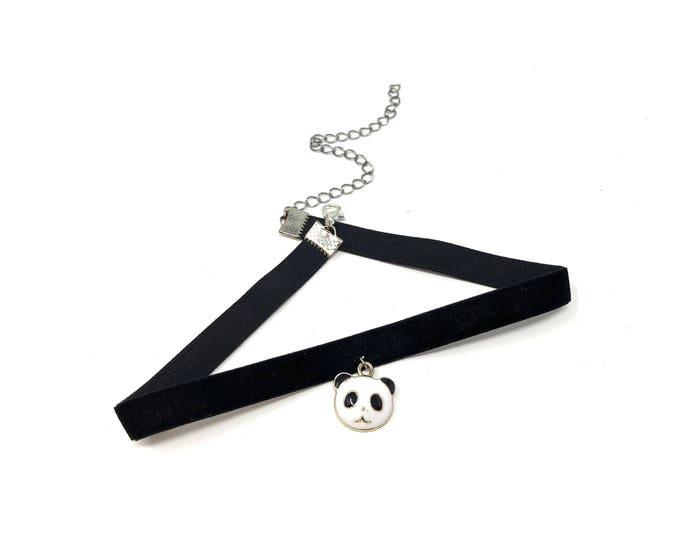 PANDA: adorable black velvet elastic choker