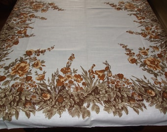 Lovely Polish Cottage Chic Floral Linen Tablecloth/Polish Beautiful Vintage 1985 Linen Dreamy Braun Autumn Floral Print Linen Tablecloth