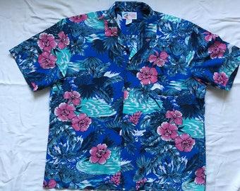 Vintage Hawaiian shirt by Shoreline Hawaii-surfer