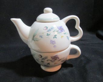Single serve teapot and cup Pfatlzgraff China with lavender flowers on white background