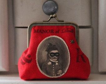 """""""The pestilence"""" red metal frame coin purse"""