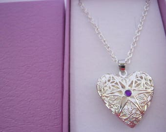 """Filigree Heart Locket Necklace 25mm (1"""" inch) Heart Necklace Pendant on Silver Plated Chain Women's Stocking Stuffer Jewellery Gift Under 15"""
