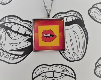 21mm Square Lips necklace