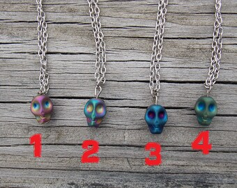 Iridescent Skulls 1/4 MNF BJD Necklace