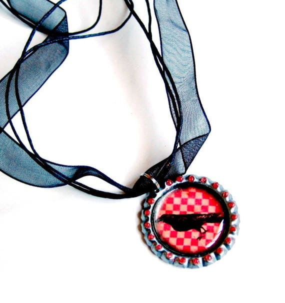 Crow Organza Ribbon Necklace, Bottle Cap Red Black Crow Necklace with Organza Ribbon, Checkered Crow Organza Ribbon Crow Choker Necklace