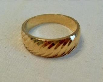 Men's Etched Gold Brass ring, gold tone metal retro Mod band ring, GIngerslittlegems