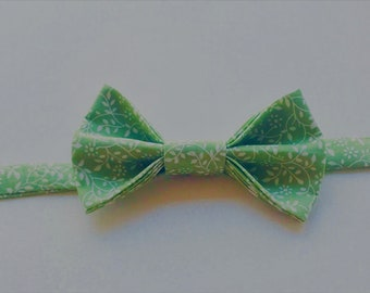 Baby/Childs Handmade bowtie- Green vines