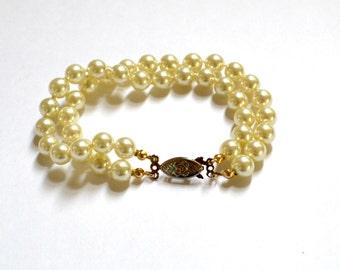 Vintage Ivory Double Strand Imitation/Faux Pearl Bracelet, Classic Style, Vintage Jewelry, Wedding, Bridal