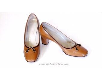 60s Shoes /Vintage 60s Shoes/Vintage Shoes/Vintage Pumps/60s Pumps/Leather Shoes/High Heel Shoes/Slip On/Brown/Evins/caramel/Mad Men/5.5