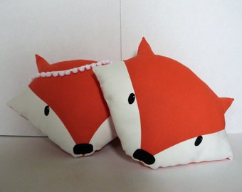 Orange cushion decorative Fox head with or without tassels