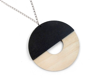 Wooden necklace - Laser cut necklace - Circle wooden pendant - Geometric necklace