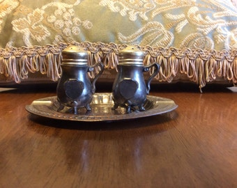 Made in Occupied Japan Salt and Pepper Shaker Set