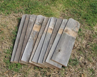 Reclaimed Old Fence Wood Boards With Dog Ears - 10 Fence Boards - 24 Inch Length - Weathered Barn Wood Planks - Great For Rustic Crafting!