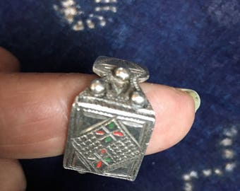 Berber Solid SILVER Ring with Enamel, US Size 10 (diam 2 cm) Moroccan Sahara