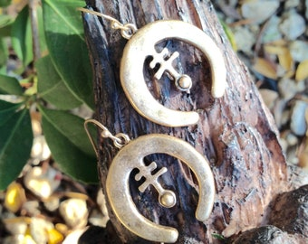 Brushed Antique Gold Crescent Moon Horn Earrings