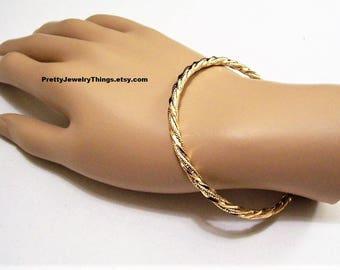 Pinpoint Twisted Rib Bracelet Bangle Gold Tone Vintage Large Round Open Wrist Ring