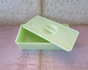Vintage Jadeite Covered Refrigerator Dish or Box 1930's