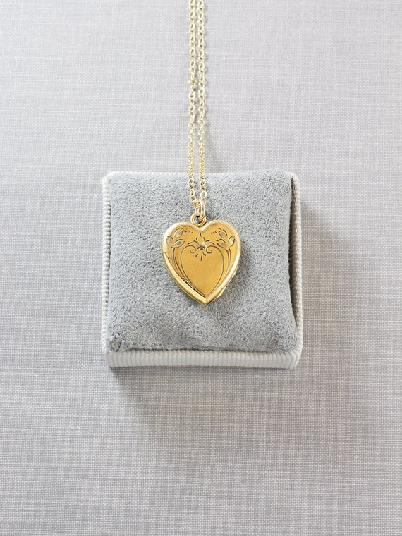 Gold Filled Heart Locket Necklace, Vintage 1940's Two Picture Locket - Lovely